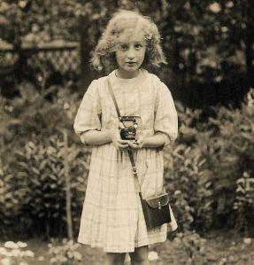 girl w camera