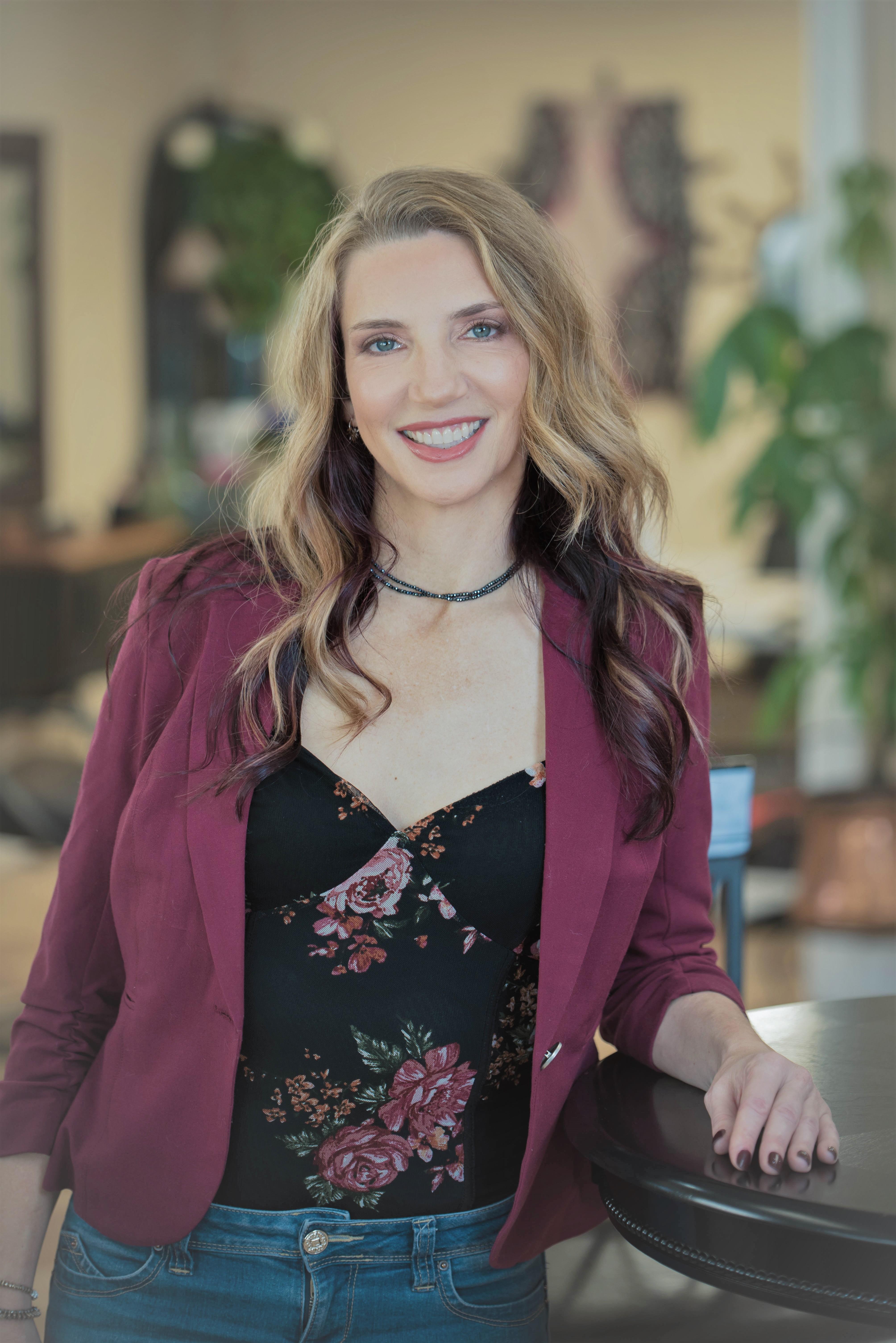 Santana Author Photo